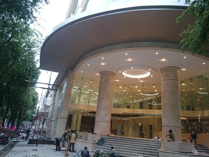 Ốp mái che alu cho khách sạn Bến Thành Hotel